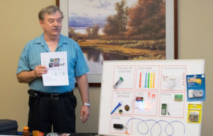 Steve teaches electronics class at SoonerCon 25.